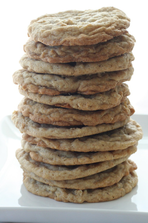 gastrogoodies:  Cinnamon Oatmeal Cookies with a Chai Glaze