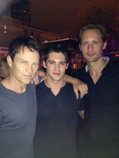 verysherry:  Stephen Moyer, Steven R. McQueen and Alexander Skarsgård2012 San Diego Comic Con  Hey! KISS HIM!