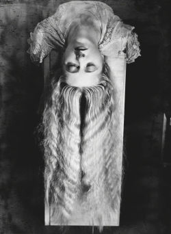etund:  Woman with Long Hair, 1929, by Man Ray.
