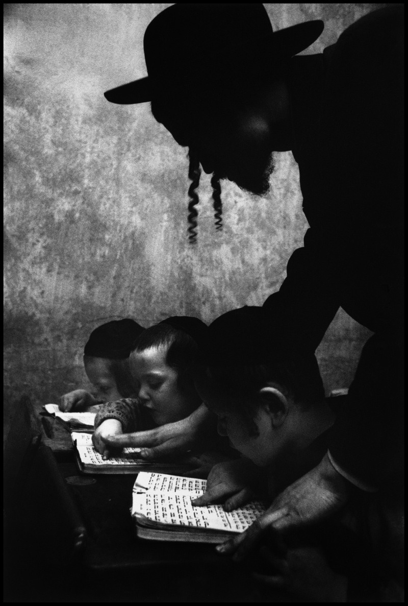 Hebrew lesson in Brooklyn. New York, 1955. By Cornell Capa