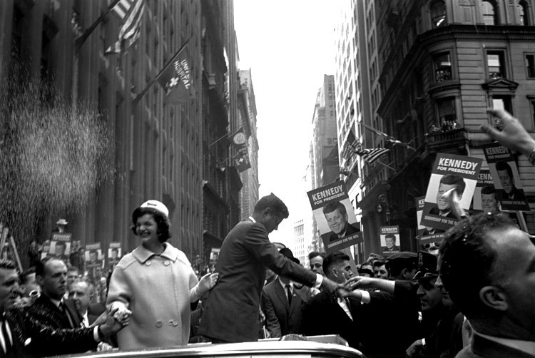 Senator John F. Kennedy and his wife, Jackie, campaigning for the presidency. New York, 1960. By Cornell Capa