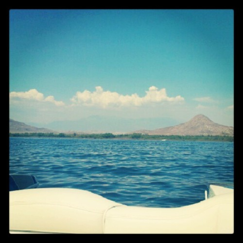 Sunday Funday on Lake Perris… Everything's better on a boat ;) #summer (Taken with Instagram)