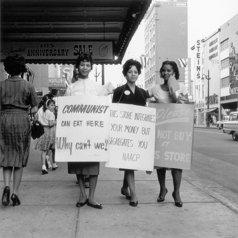 bygoneamericana:  NAACP protest in Memphis, TN, early 1960s. By Ernest Withers