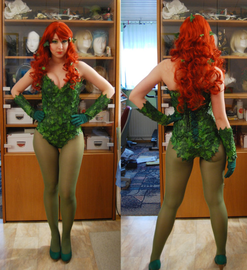 Poison Ivy cosplay via thewingedbird