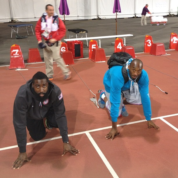 Kobe and @jharden13 setting up for the 100M final (@kevinlove)