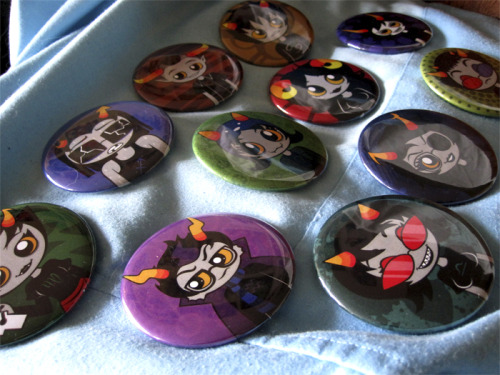 thingsthatiwontfinish:   HOMESTUCK PINS 550 FOLLOWER CELEBRATION GIVEAWAY! To celebrate hitting 550 followers on Tumblr, I am giving away TWO different sets of Homestuck pins! First set being all of the trolls (except Feferi, really sorry ;-; ) and the other of John and Dave! The pins themselves are quite big, they are 2.5 inches each! I have made a few sets, so I will be giving out another set of these in the future. If you miss out the first time, there will be another! How this giveaway works is, the day of the deadline, I will see how many notes it has, go to randomizor.org and have it select two pairs of numbers at random. Then, the people who reblogged and liked it with those matching numbers win! Isn't that great? A few people have asked before, and shipping is FREE!~ I also ship internationally! But be careful, even though the tops are waterproof, the bottom is just regular metal, and can rust easily :( —- HOW DO I ENTER? WHERE TO SIGN UP!?  1. You DO NOT have to be following me, but it's always appreciated :D 2. REBLOGGING this entry will put your name into the draw to win the TROLL SET. 3. LIKING this post will put your name into the draw to win the JOHN AND DAVE PINS. 4. You MAY both like AND reblog this! Two chances to win!  5. You CAN reblog as many times as you like! 6. Make sure your Ask Box is enabled on your tumblr, so I can contact you if you win!7. DEADLINE WILL BE AUGUST 13TH!