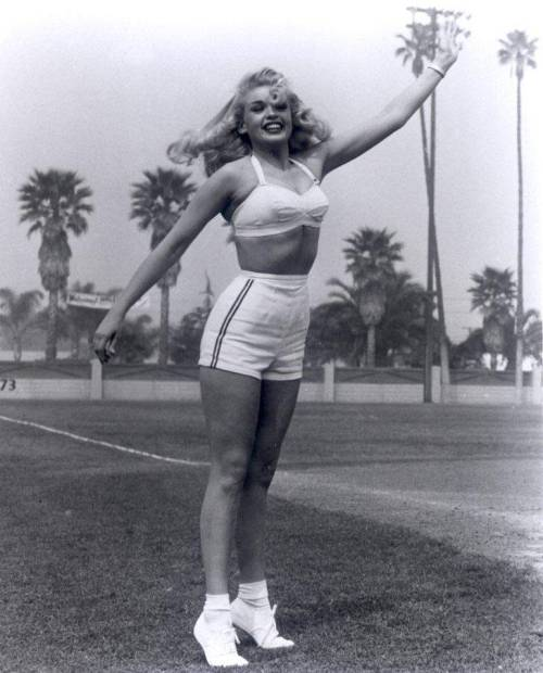 "theniftyfifties:  ""sporty"" Jayne Mansfield"