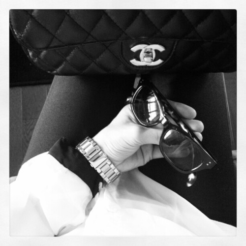 fierceonheels:  Black & White outfit for today #chanel #sunglasse (Pris avec Instagram)