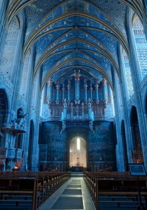 magic-bazaar:  Cathédrale d'Albi, France.