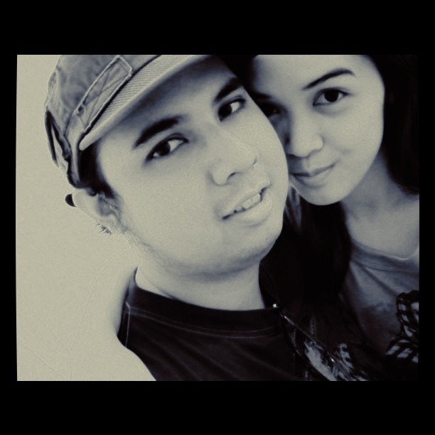 pisngi naman nyan.. #love #marriage #LDR (Taken with Instagram)