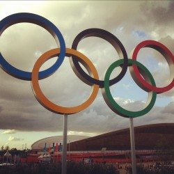staticattraction:  Olympic rings (Taken with Instagram at British Airways Park Live)
