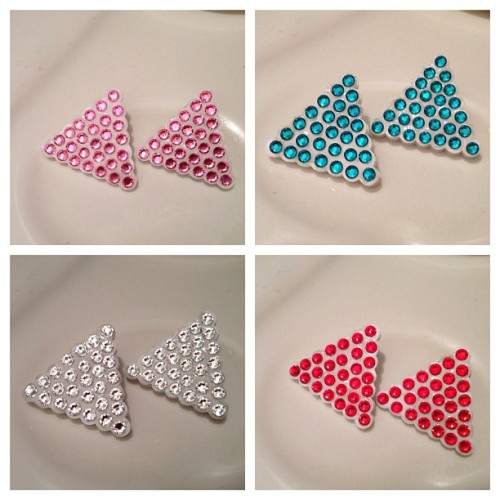 Swarovski Triangle Studs. $10 available at honeybjewelry.com. #hbj #honeybjewelry #jewelry #earring #accessories #fashion #honey #handmade #shopping #jewelryswag #honey  #ooak #jewelryporn #jewelryaddict #jewelryjunkie #Swarovski #crystal #triangle #studs   (Taken with Instagram)