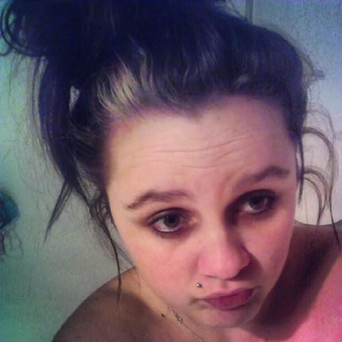 #sad #sick #self #cantsleep :(#tired #grumpy #waa (Taken with Instagram)