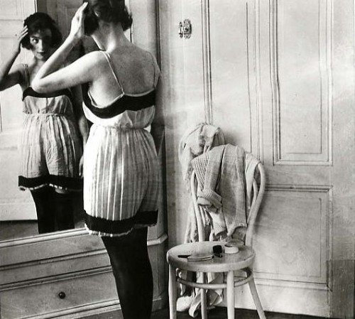 rhyfeddu-partyofone:  Woman in the Mirror (photo by Jacque Henri Lartigue)