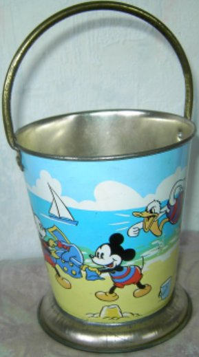 Vintage Mickey and Friends Tin Sandbucklet by Der-Disneyana on Flickr.