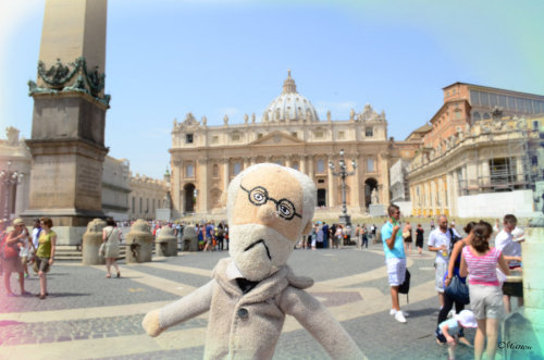 Freud at Piazza San Pietro by ~SleepyMademoiselle