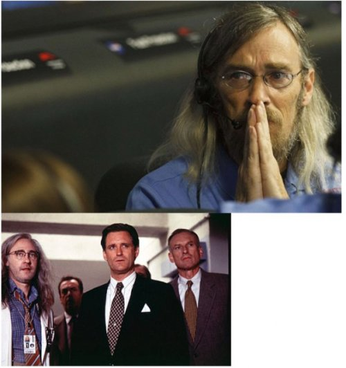 "jestcomedy:  NASA Curiosity Scientist Looks Just Like the Scientist from ""Independence Day"" He's usually on Watching-For-Aliens Duty."