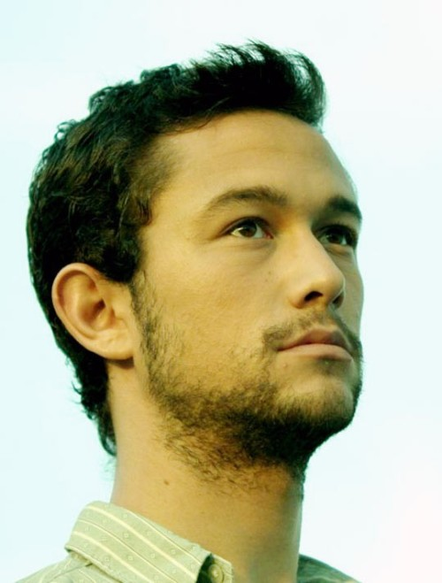 The Dark Knight Rises was made wonderful by the talented Joseph Gordon-Levitt!
