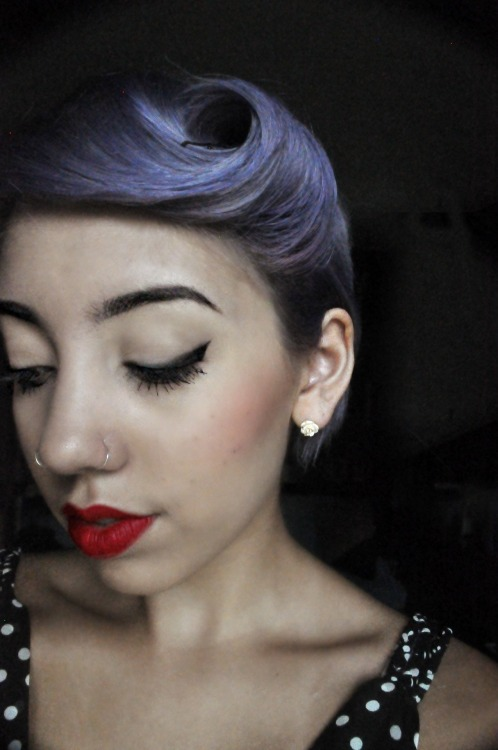makeupftw:  Pin-up gal.http://estherh.tumblr.com/