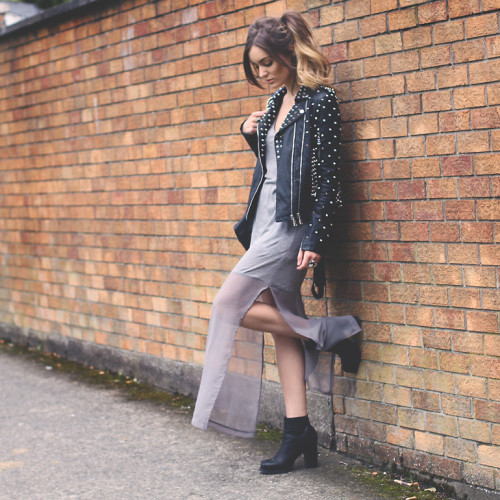 lookbookdotnu:  Grey Monday. (by Anouska Proetta Brandon)