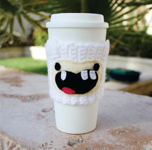 Finn the Human coffee cozy!  Find more cute crochet here!