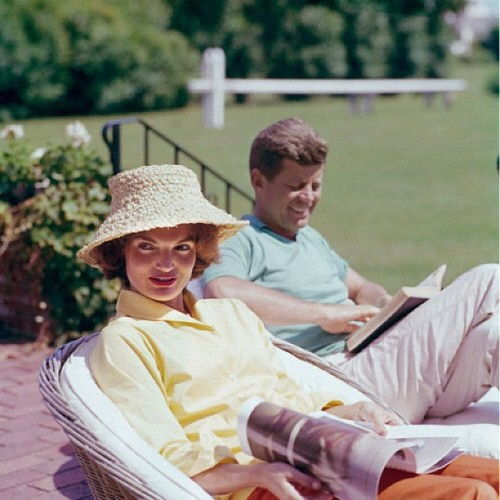kennedywivesclub:  Jack and Jackie were both big readers, particularly of history books #jackiekennedy #jacquelinekennedy @johnfkennedy #jfk (Taken with Instagram)