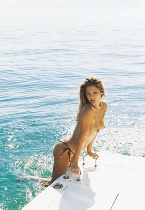 Hang out with Beautiful Boating Babes at http://babesandboats.tumblr.com/