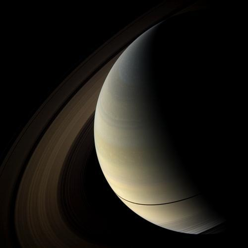 lookingatthebigsky:  Saturn (via Cassini)