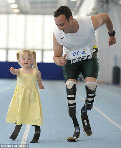 itsafitbla:  Olympian Oscar Pistorius and a small friend… so inspiring! You can do anything if you put your mind to it!