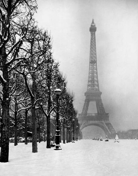 Heavy snow blankets the ground near the Eiffel Tower. 1948 -Dmitri Kessel