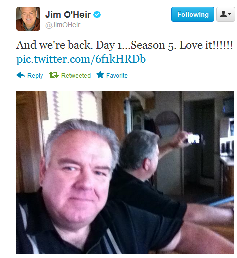 arnettandpoehler:  #dammit jerry that's not how you take a mirror pic