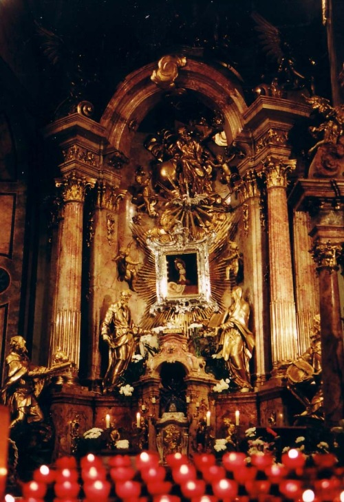 The altar of the Irish Madonna in the cathedral of Gyor, Hungary. The painting was brought from Ireland to Hungary in the 17th century by the bishop of Clonfert in County Galway, at a time when Catholics were severely persecuted in Ireland. In 1697 the painting is believed to have cried tears of blood during a celebration of Mass. The miracle coincided with an anti-Catholic bill being passed in the Irish Parliament.