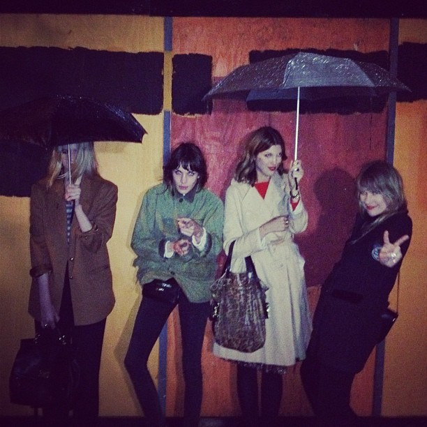 """England was rainy @kingaburza @tennesseebunny"""