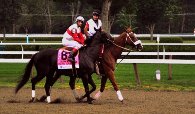 Hymn Book and Johnny V all smiles on the way to the Whitney start (Photo by Dawna Wood/GallopingHatRack.com)