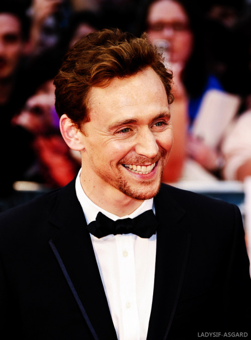 6 of 30 pictures of Tom Hiddleston, life ruiner extraordinaire