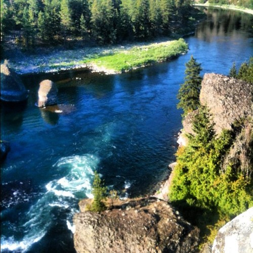 #hiking #outdoors #river #nature #photooftheday  (Taken with Instagram at Bowl And Pitcher)