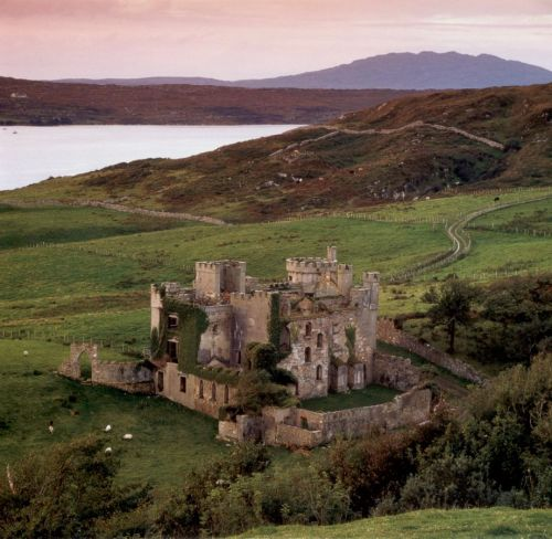 The beauty of Castles architecture Clifden
