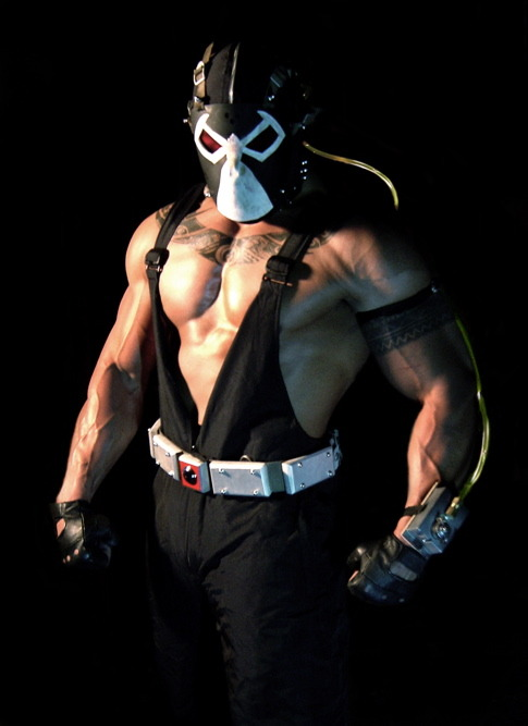 Ahem. THIS is Bane! Tom Hardy we love you and all but umm…..Bane was a giant!