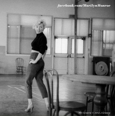 Marilyn Monroe picture from the official facebook.