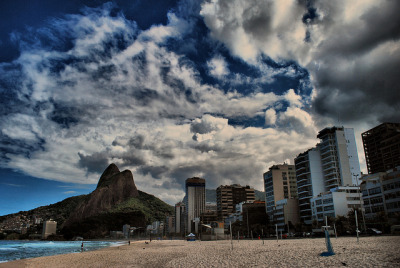 urbanthesia:  City and Sky in Rio Apr 2010 by Roberto Rocco on Flickr.