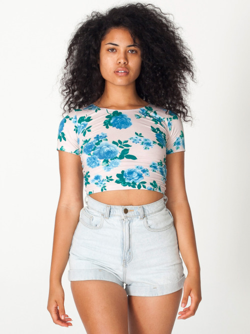 asiadeelight:  blue floral.  Asia Dee x American Apparel http://asiadeelight.tumblr.com  Mix mutt. Awesome.