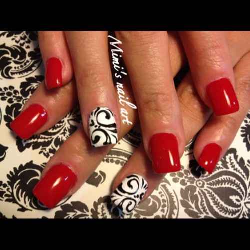 #nailartoohlala #nailartclub #nailartswag #nailart #naildesigns #nails #red #swirls  (Taken with Instagram)