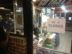 paradisel0st:  we be closed*