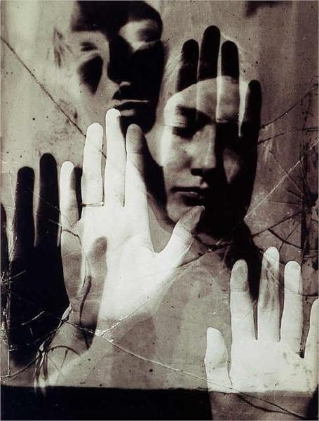 afterthenight:  Man Ray, Dora Maar, 1936.