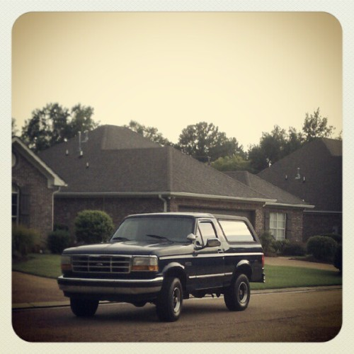 The bronco is finally home!  #happy #firstworldproblems  (Taken with Instagram)