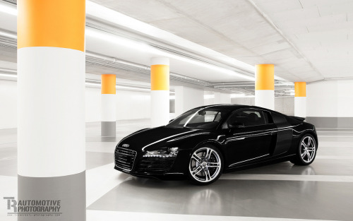 automotivated:  Audi R8 III (by Thomas van Rooij)