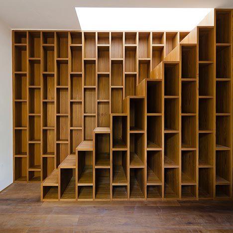 nevver:  Bookshelf stairs