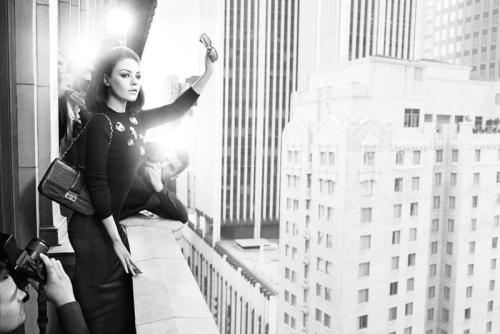 Miss Dior Otoño/Invierno 2012 Mila Kunis. click the picture to read the full history…