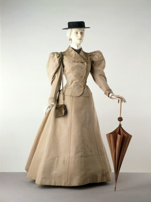Suit Jacques Doucet, 1895 The Victoria & Albert Museum