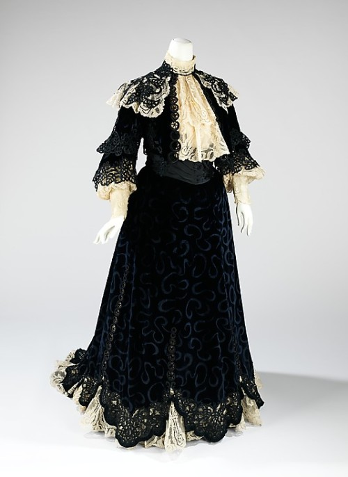 Visiting Dress Jacques Doucet, 1900-1905 The Metropolitan Museum of Art
